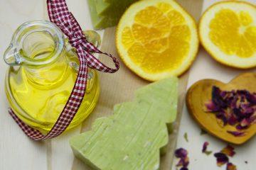 L'olio di oliva è anche un ottimo struccante naturale